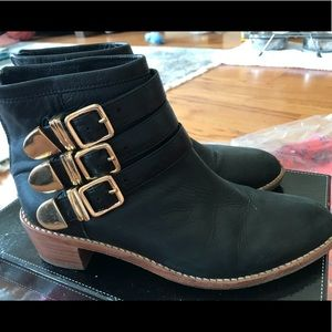 LOEFFLER RANDALL BUCKLED ANKLE BOOTS